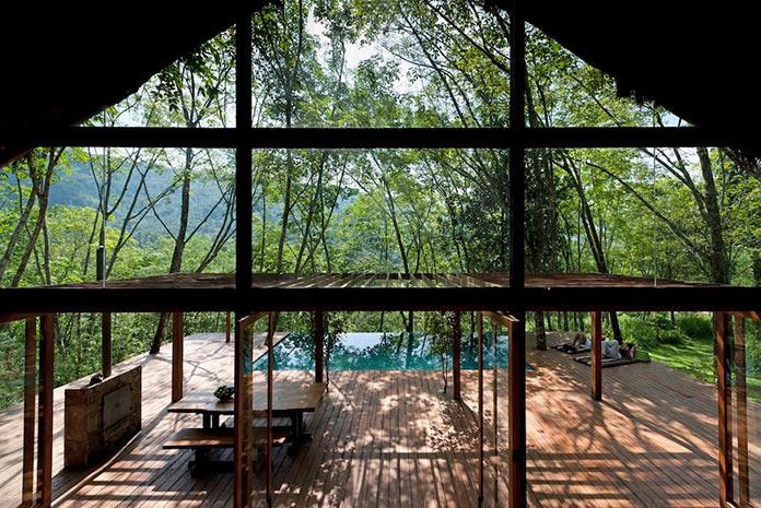 Терраса и бассейн. Вилла Гуава - тропическое убежище на Шри-Ланке