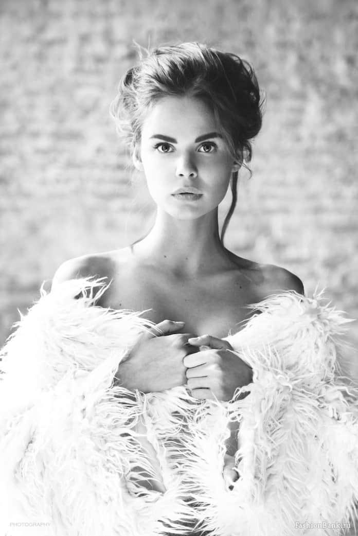 Вероника Никульшина модель и участница Pussy Riot