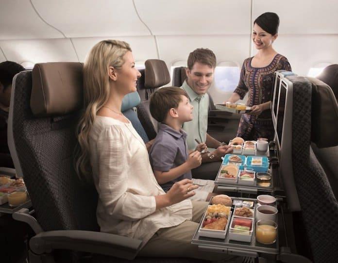 В салоне Singapore Airlines