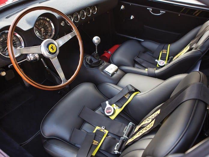 Салон Ferrari 250 GT WB 1960 года