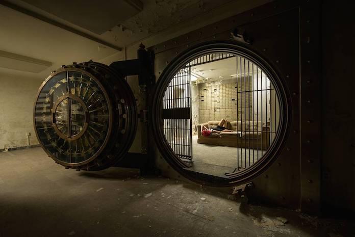Заброшенное банковское хранилище. Города-призраки и заброшенные объекты