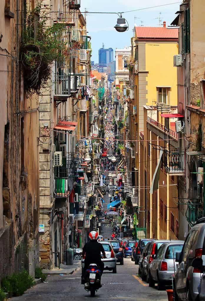 Неаполь, Италия. Победители конкурса трэвел-фотографии среди читателей The Guardian