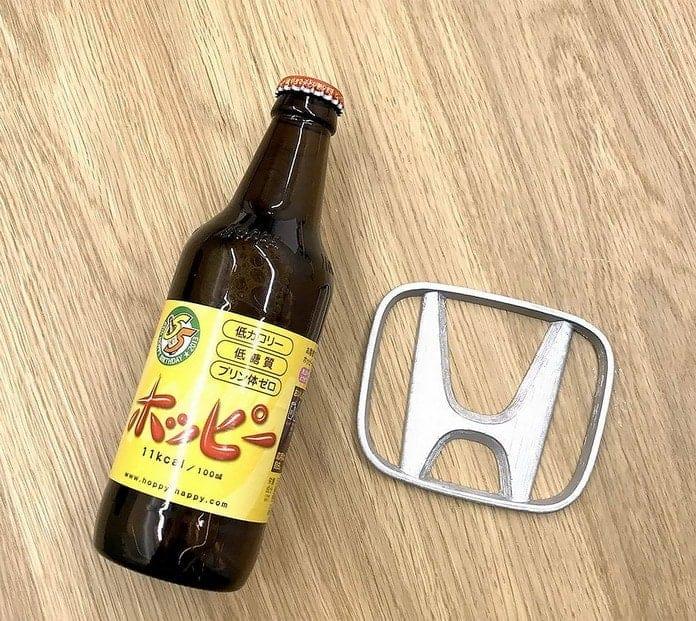 Honda. Дизайнер превращает логотипы именитых брендов в полезные вещи