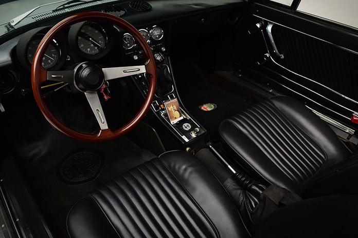 Alfa Romeo Spider принадлежавший Мохаммеду Али