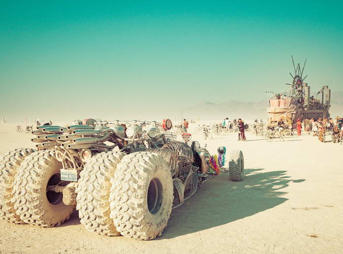 Автомобиль на Burning Man 2018