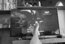 Перед телевизором
