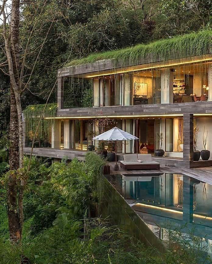 Фасад и бассейн. Вилла «Хамелеон» на Бали